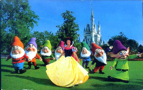 0111-1605 SNOW WHITE AND THE SEVEN DWARFS