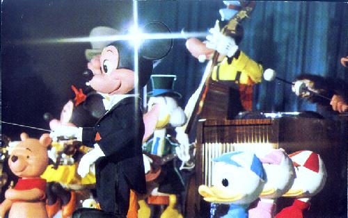 01110235 THE MICKEY MOUSE REVUE